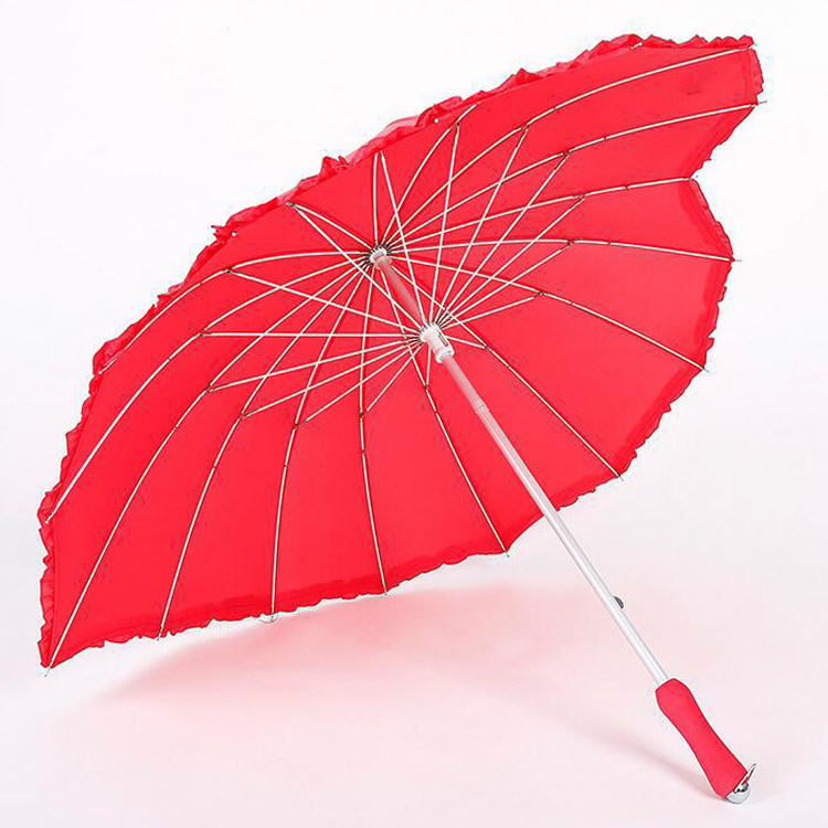New design 16ribs art red heart shape wedding umbrella for couples