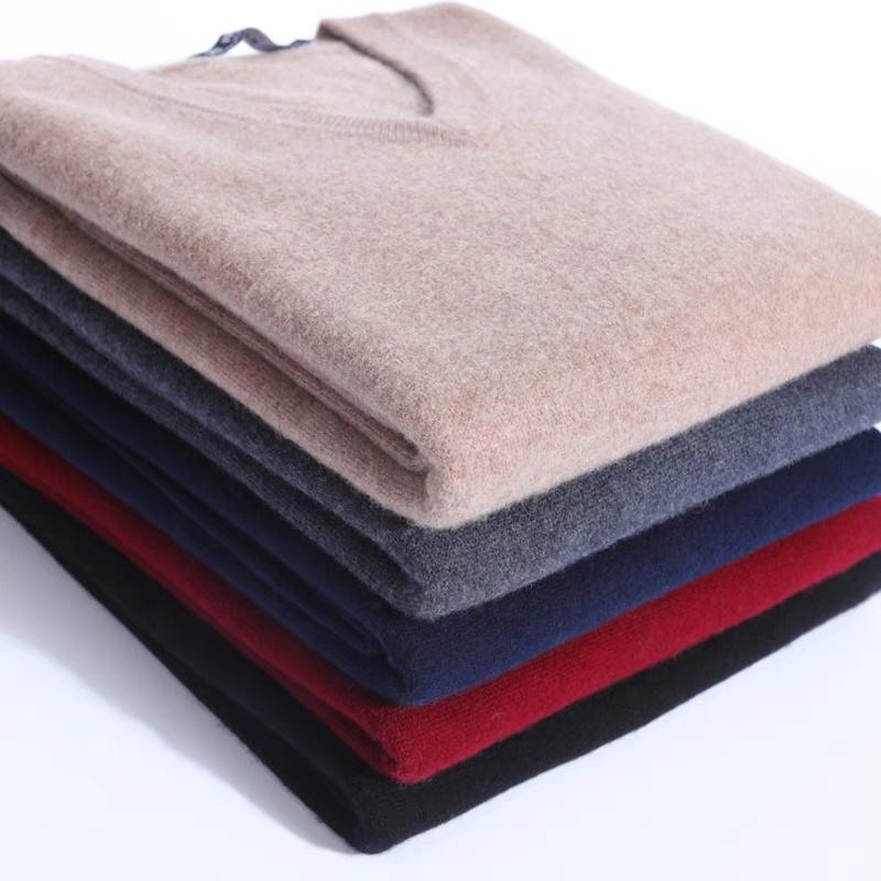 Fashion Style 100% Wool Long Sleeve V Neck Plain Knitted Men Sweater