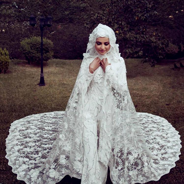 Luweiya Luxe Turquie Robes De Fête De Mariage Bling Cristal Col En V À Manches Longues Pakistanais Robe De Mariée Robe De Mariée Pour Les Femmes Buy