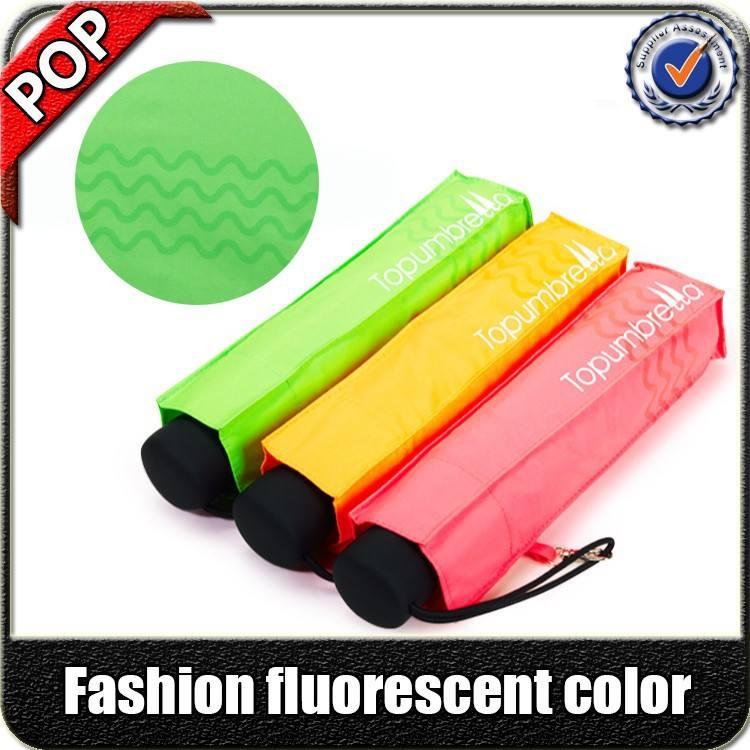 Fashional couleur fluorescente 99% protection uv adversiting parapluie pliant cadeau