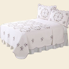Bed cover solid knitted embroidery wholesale bedspreads cotton quilts