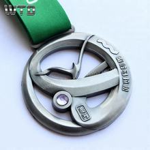2019 WTD New Design Marathon Medals 43.8km for Finishers Cut Out Metal Medals Cups Purple Diamond Medals with Ribbon