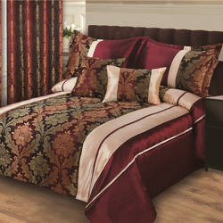 Mid value jacquard bedding sets with matching curtain