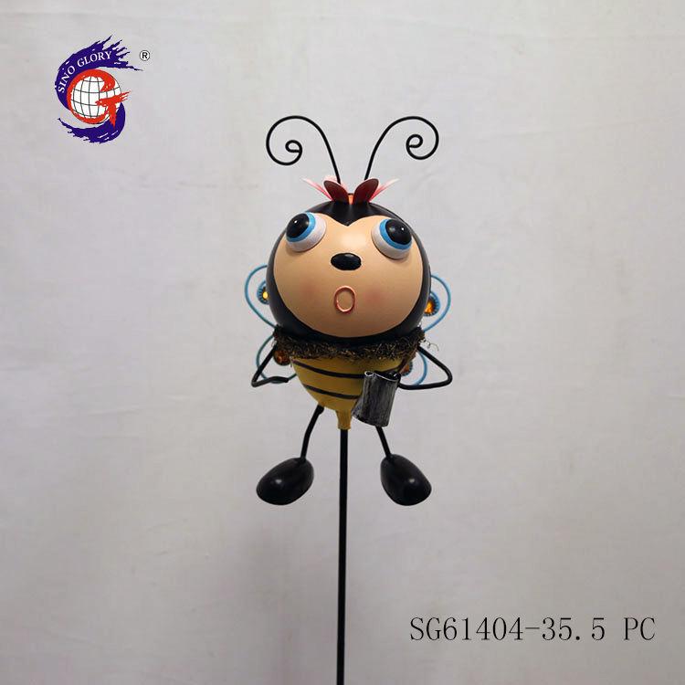 Fabricante fornecedor personalizado pequena abelha <span class=keywords><strong>metal</strong></span> figurinhas ornamento do jardim