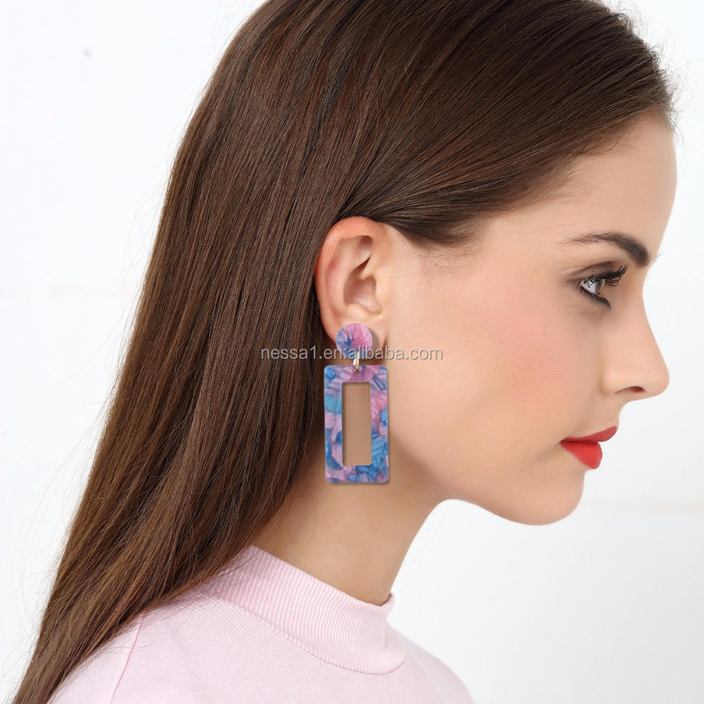 Fashion acrylic jewelry display earrings wholesales QR-0060