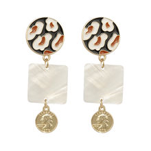 Trendy Unique Long Shell Pendant Drop Earrings For Women Irregular Freshwater Pearl Shell Geometric Earrings Fashion Jewelry