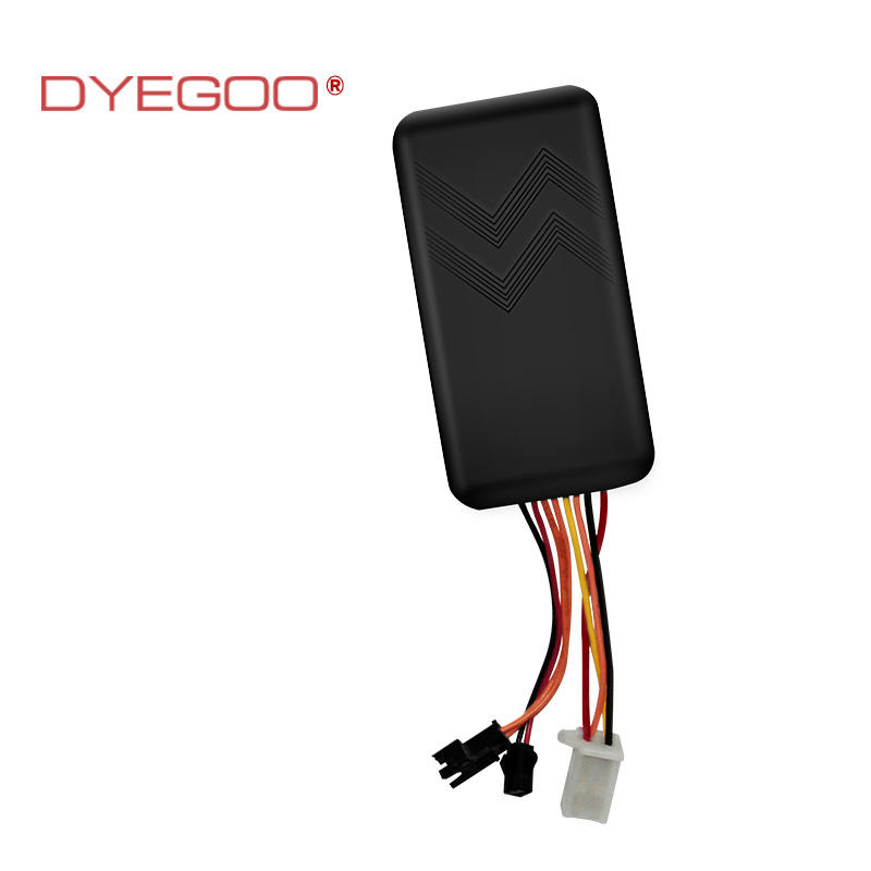 DYEGOO car GPS tracking device GT06 with Sos button voice monitor high speed platformIOS & Android APP