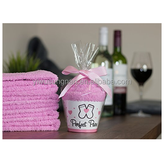 Comfortable fuzzy small gifts ideas for mother wife friend if you can read this bring me some wine socks