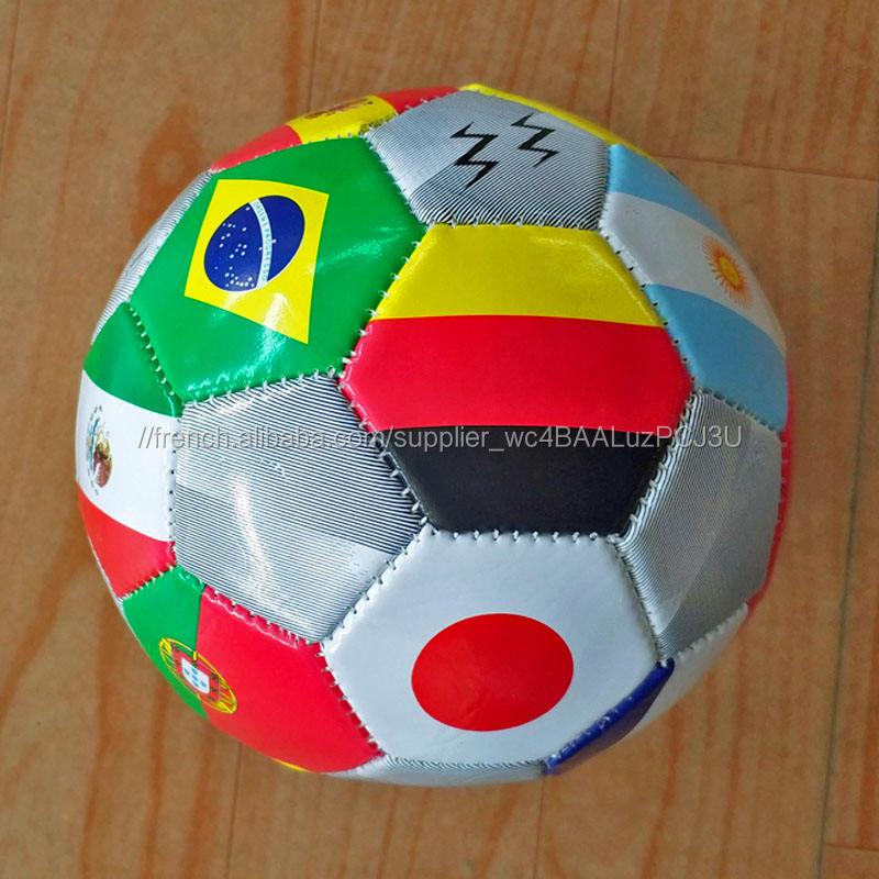 Impression personnalisée pays drapeau conception ballon de football 2018 coupe du monde de football balles pour promotion