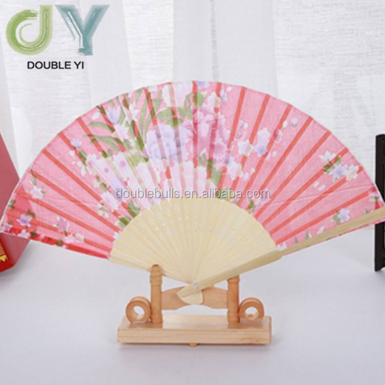 Chinese New style wholesale bamboo hand Fan Women's Traveling Folding Fan