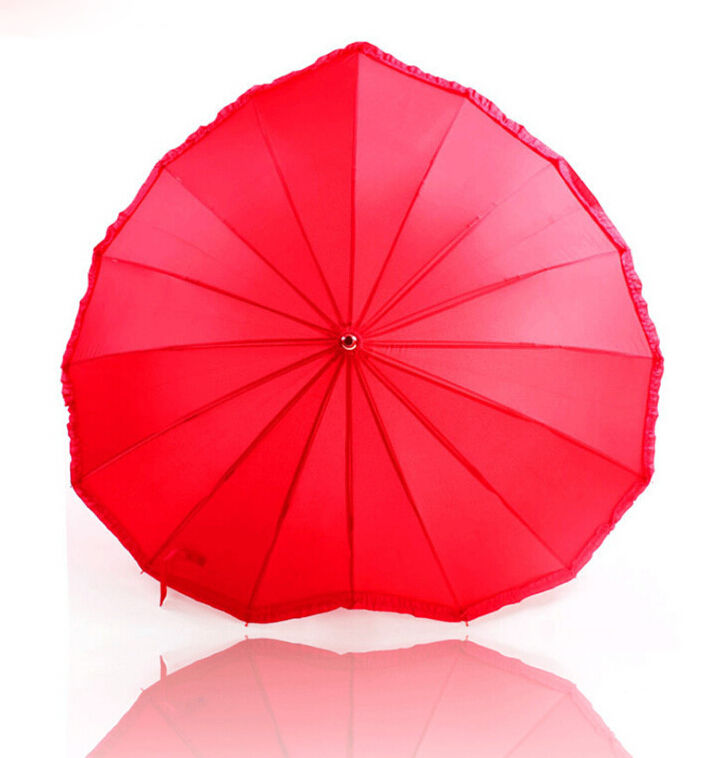 Red color 16 ribs manual customized heart shape umbrella for wedding
