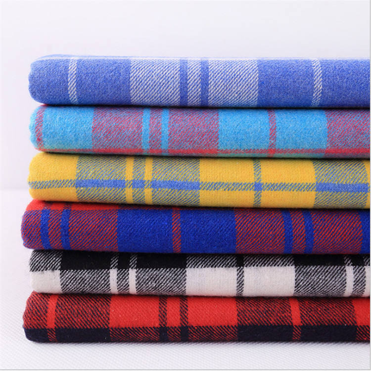 shaoxing keqiao factory wholesale 100 % cotton Yarn Dyed Plaid Flannel Fabric for shirt pajama