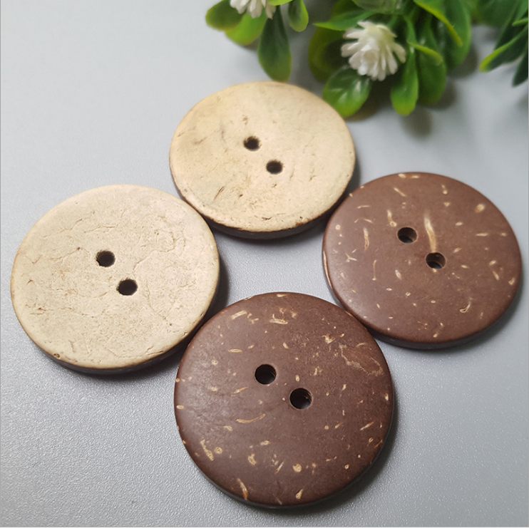 Vision Trims 2 Inch Handmade Natural Black Horn Coconut Buttons From china factory
