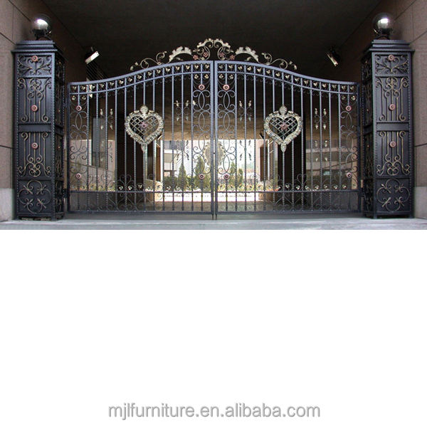 Wrought Iron Retractable Fence Rolling Gates With Fashion Design