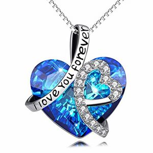 Wholesale I Love You Forever Engraved Heart Necklace Dainty Fashion Crystal Necklace