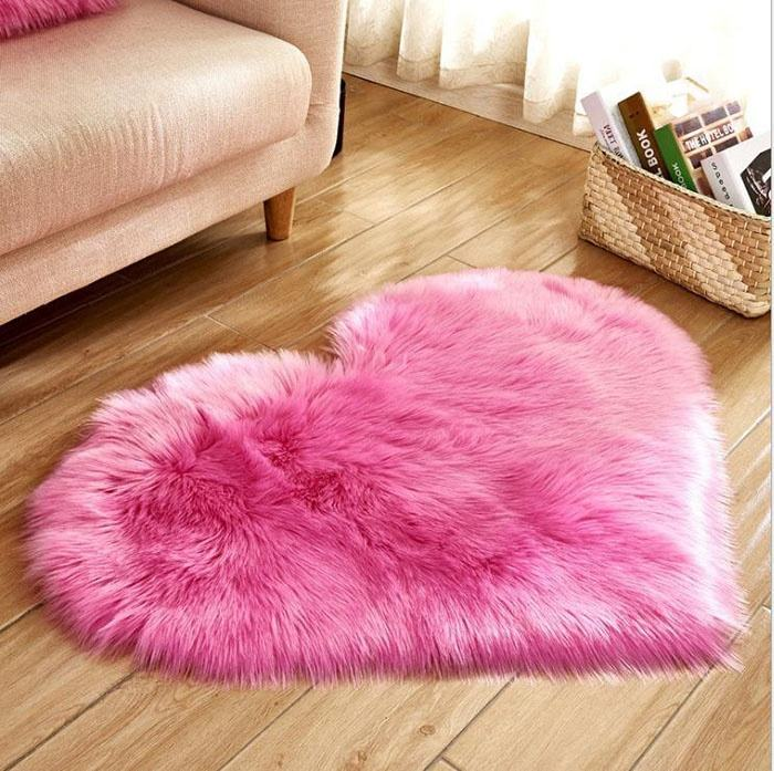 Lovely Heart Shape Faux Fur Sheepskin Rugs Pink Fur Rugs and Carpet