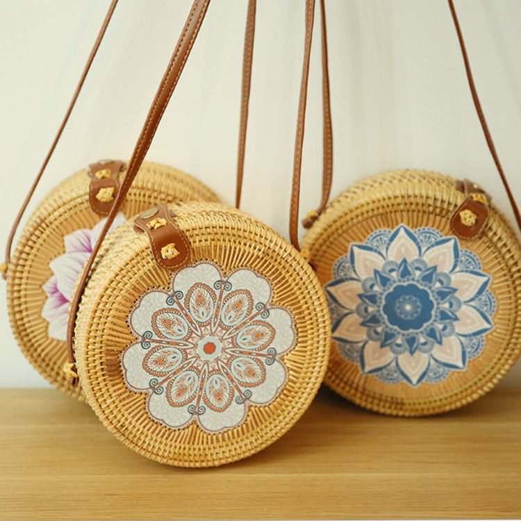 2019 Fashion women summer bali bamboo rattan shoulder bag round