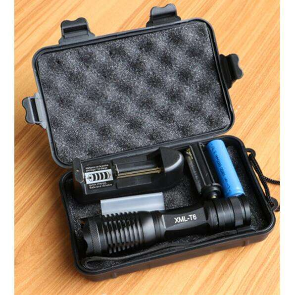 XML T6 LED Flashlight 8000 Lumens Lanterna Adjustable led Torch Zoom Tactical Flashlight + Charger +1* 18650 Battery