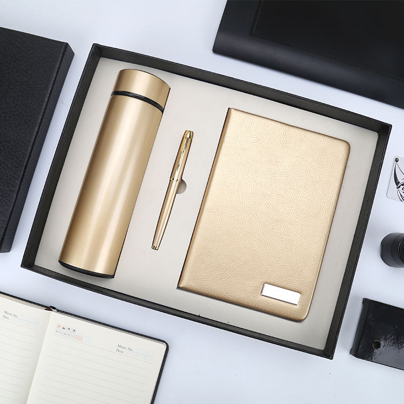 Manufacturer Wholesale High Quality Vacuum Cup Office Notebook Pen Flash Drive Power Bank Corporate Business Gift Set
