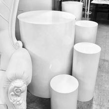 Wholesale Customized Different Size White Round Acrylic Plinth Wedding Display Stand For Wedding And Events