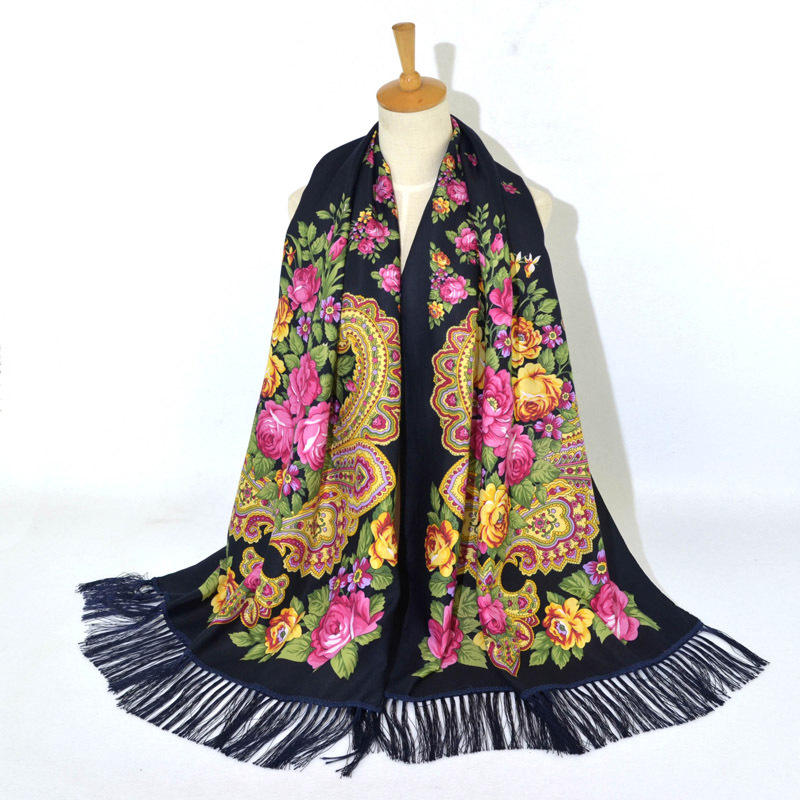 Wholesale 2019 hot sale fashion vintage tippet hijab high quality traditional ladies long paisley flower russian scarf
