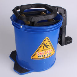 16L mop wringer bucket with castors