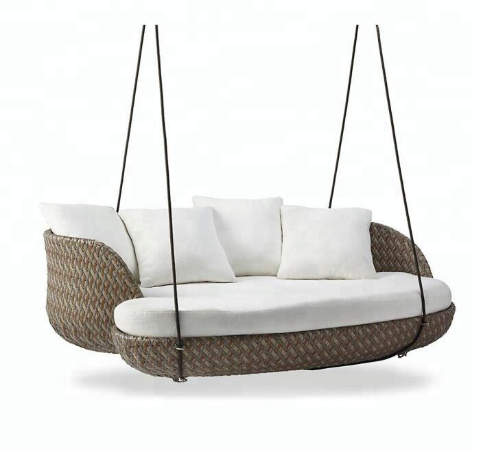 2018 Green new style outdoor rattan garden hanging daybed