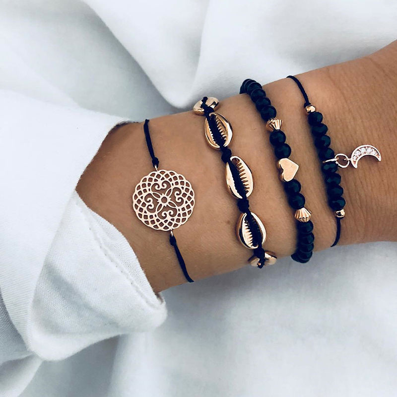 4 Pcs/Set Bohemian Moon Shell Flower Charm Bracelets For Women Handmade Black Beads Strand Bracelets Sets (SK002)