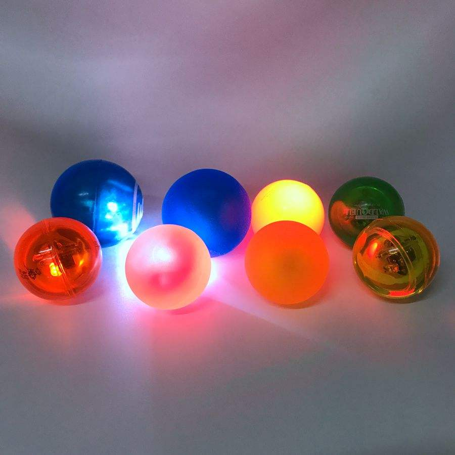 Wholesale price customized logo colorful LED bouncing ball
