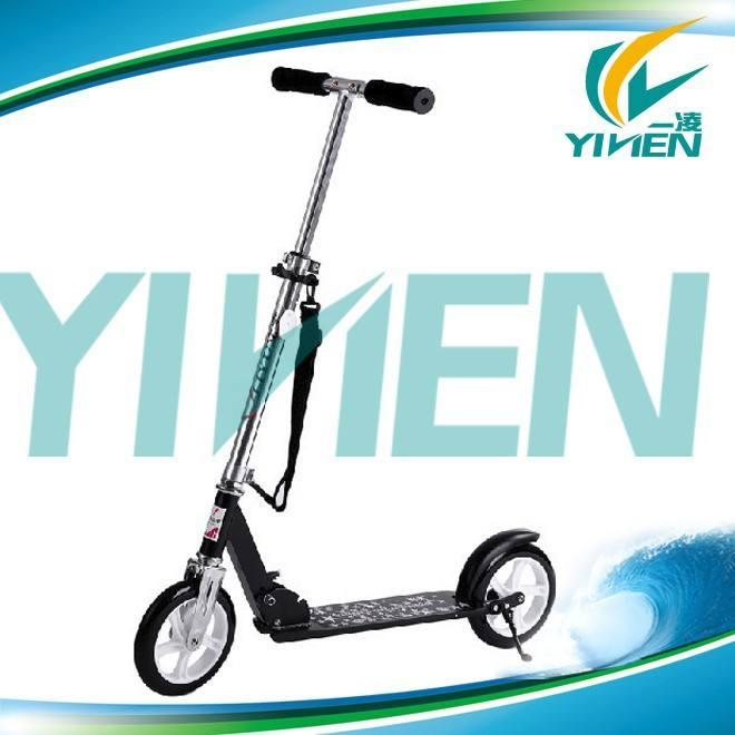 205mm urbano scooter ruota pu, grande calcio di 2 ruote scooter. Pro scooter speeder