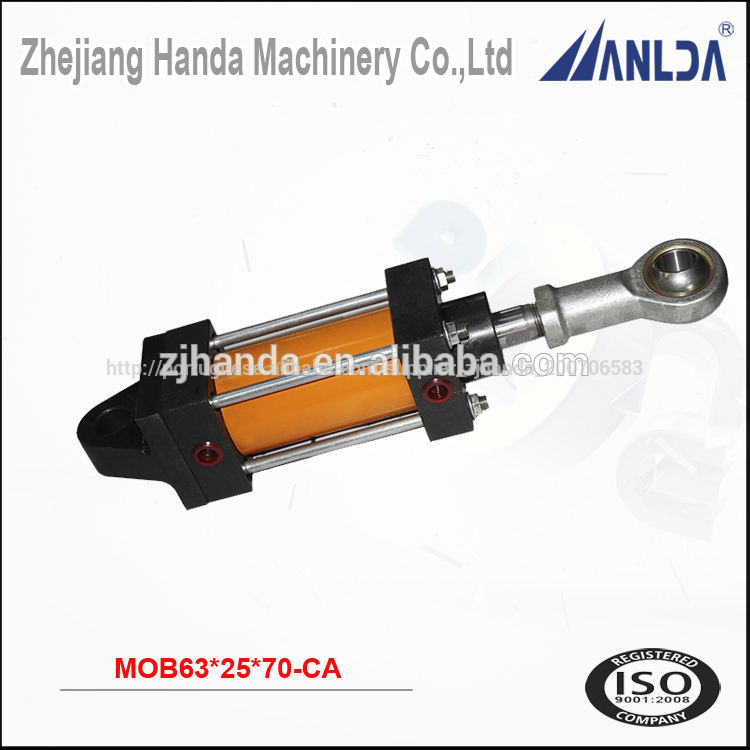 Double acting tie rod hydraulic piston cylinder