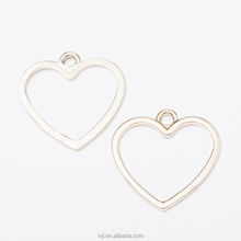 Fashion jewelry gold color Hollow simple heart charms necklace pendant