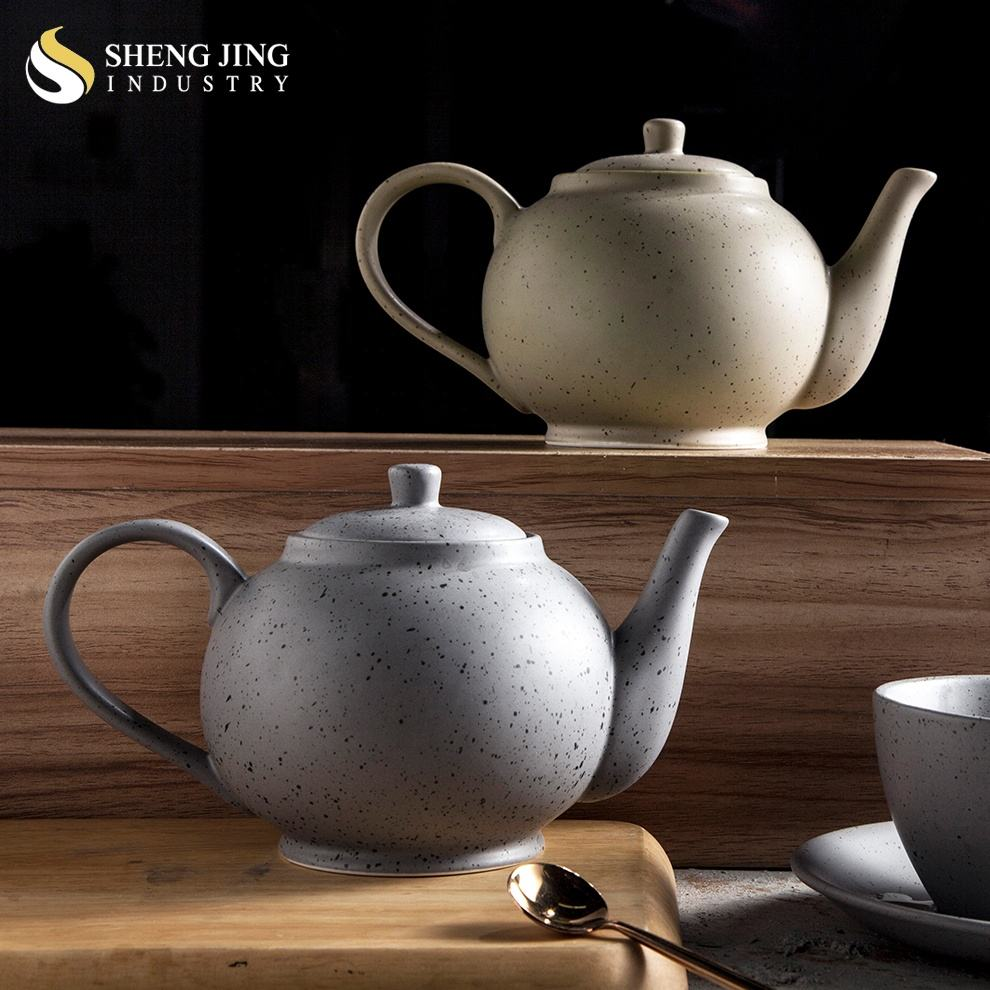 Restaurant Wholesale Western 700ml Porcelain Tea Pot with Lid