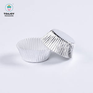 Customized logo baking tools food paper mini cupcake liners black disposable foil liners