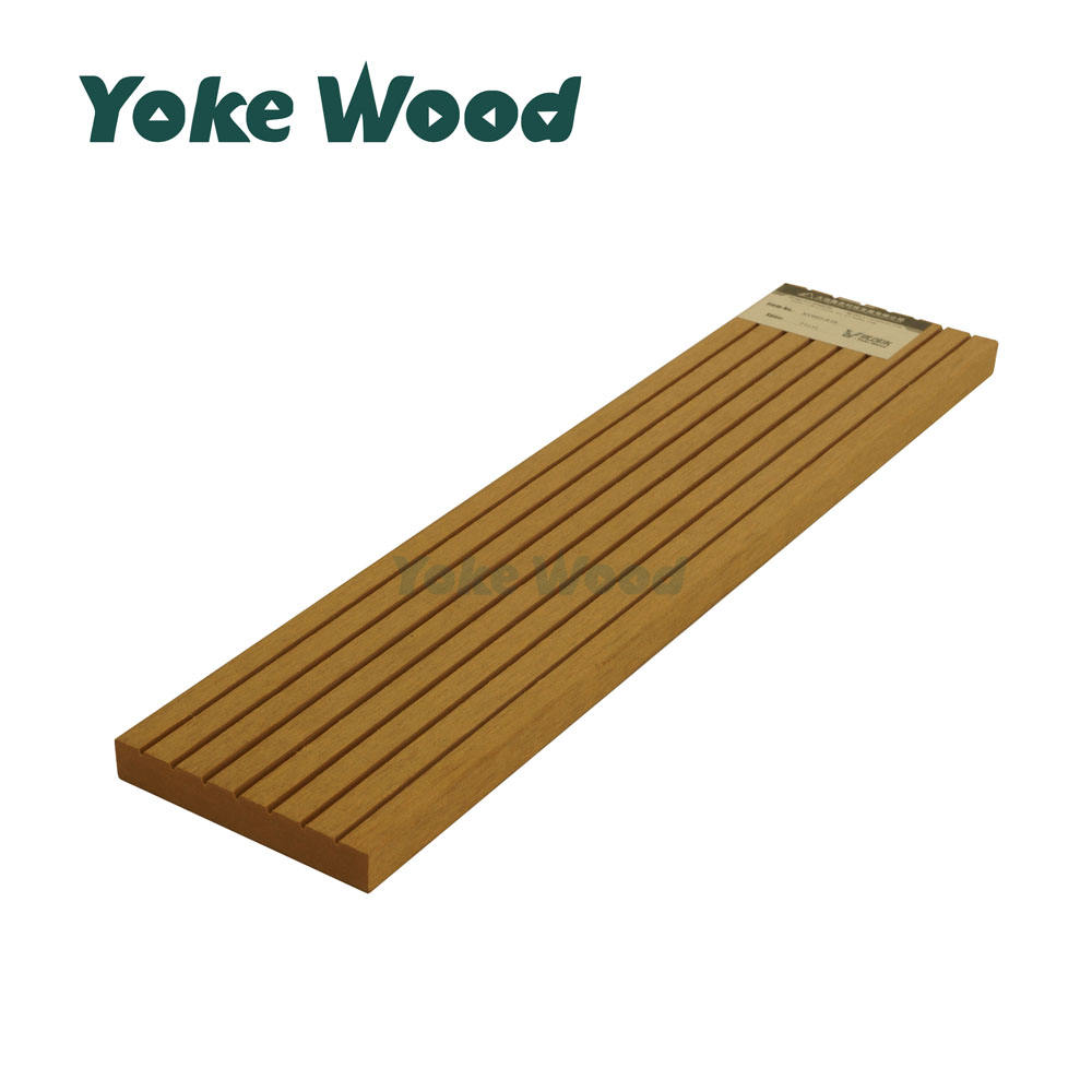 Balcony Wood Fence Slat PVC WPC Wood Plastic Composite Fence