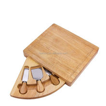 High quality elegant wooden cheese board set with some pieces cheese tool set