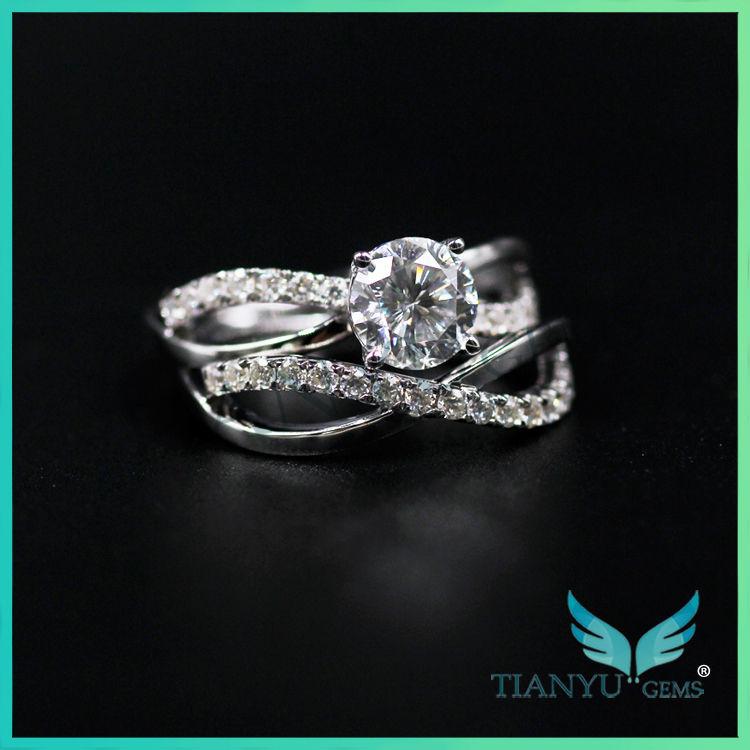 Design de moda 18 K Ouro Branco rodada 100 facetas corte Moissanite Anéis de diamante para o casamento