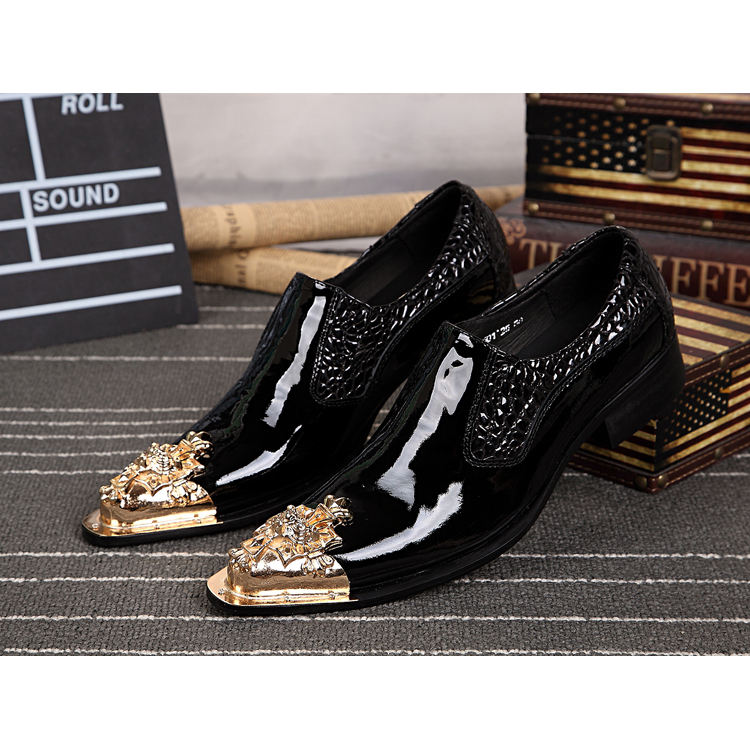 NA027 Men Shoes Luxury Brand Loafers Gold Metal Dress Shoes Men Leather Zapatos Hombre Pointy Formal Shoes Men Oxford