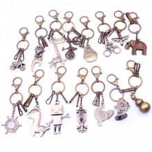 Wholesale Fashion Robot Creative Keychain Retro Car Model Key Ring Accessories