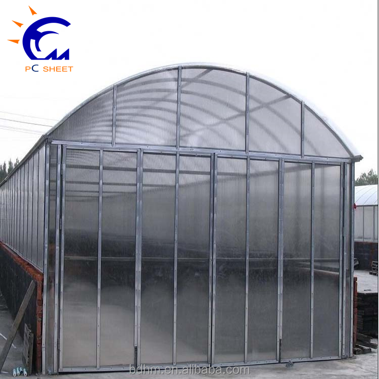Multi-span agricultural greenhouses type and pe + pc plastic film cover material greenhouse for agriculture production