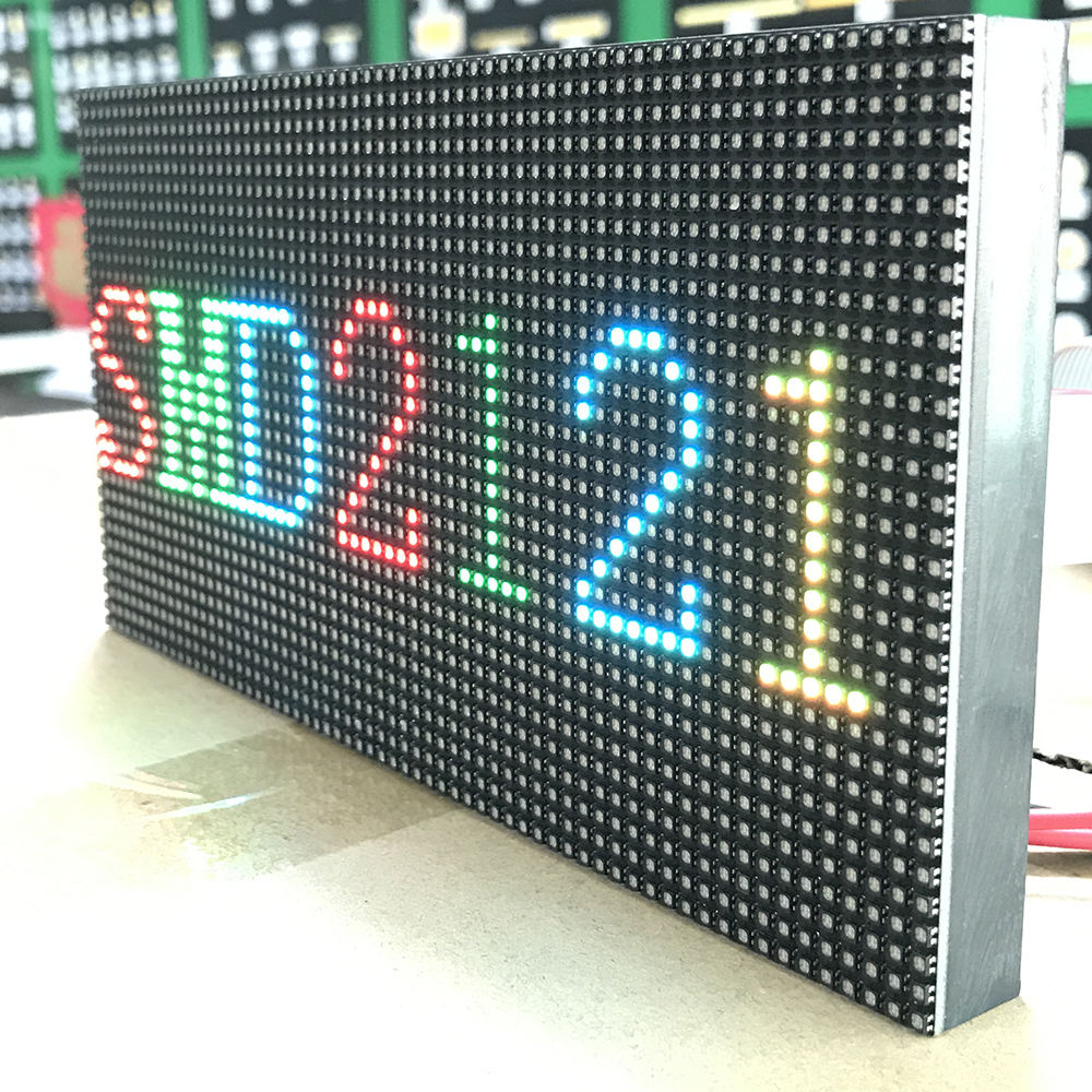 LED display werbung board taxi volle farbe led-bildschirm-panel indoor led display modul p3 led banner display