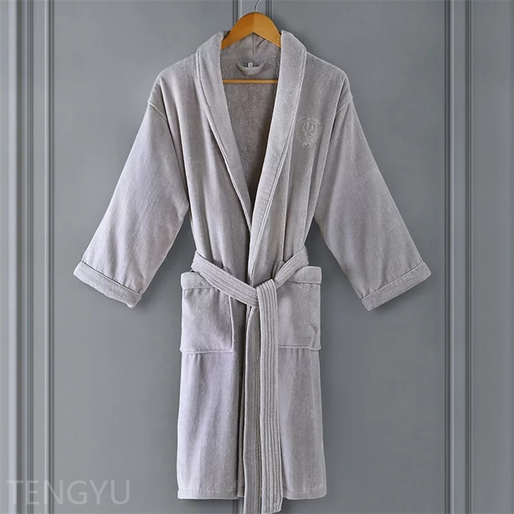 Tengyu Machine Washable High Quality New design wholesale luxury hotel/spa terry bathrobe china supplier