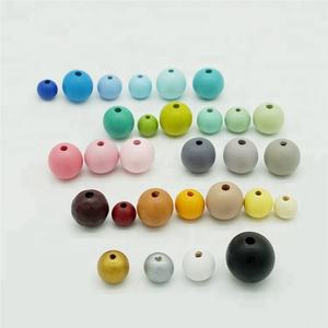 DIY high quality handmade painted wooden beads china supplier custom size colored wooden beads