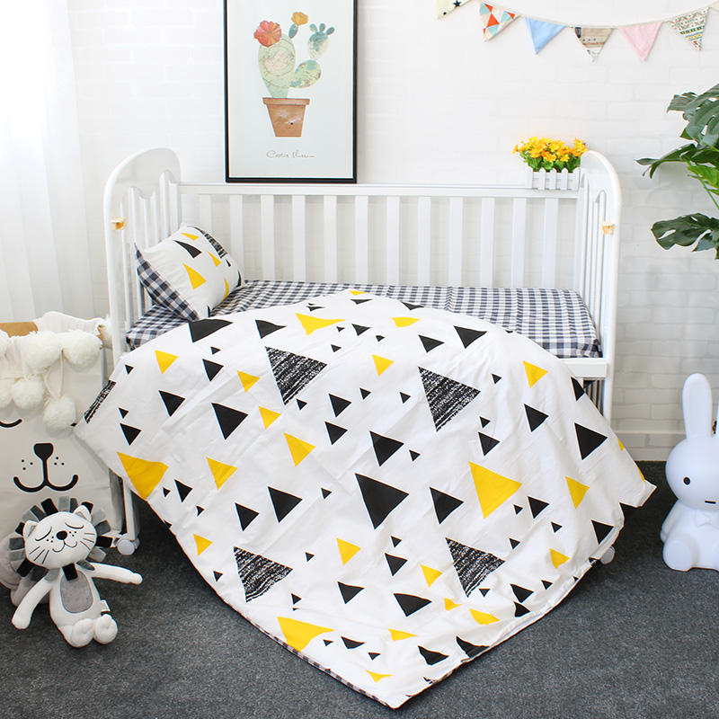 cotton material Triangle pattern boy crib bedding set cot bedlinen baby zipper comforter set