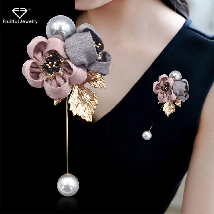 Ladies Cloth Pearl Fabric Flower Brooch Pin Cardigan Shirt Shawl Pin Professional Pin Badge Jewelry Accessories