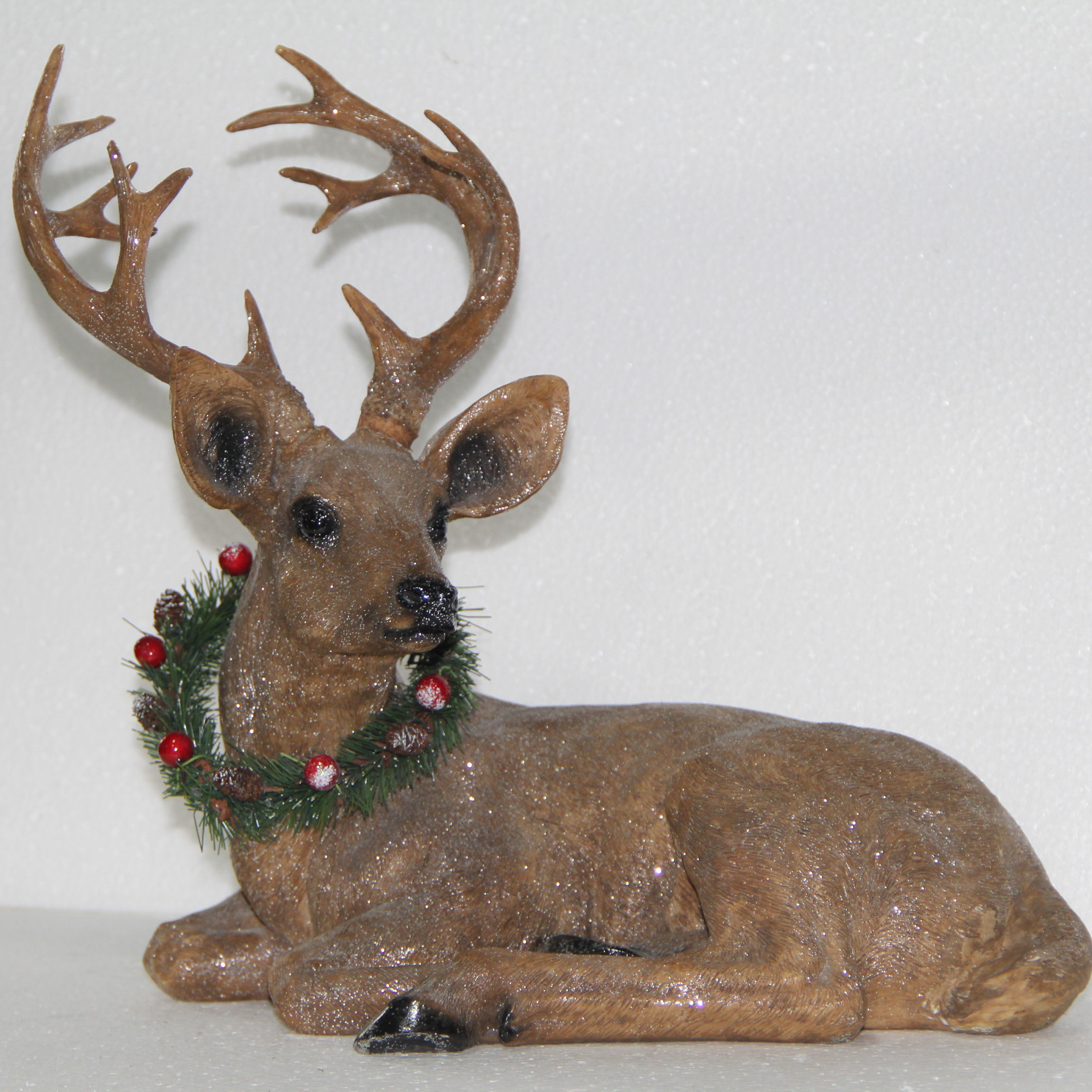 Resin crafts promotion gift garden figures for Christmas holidays Deer statue