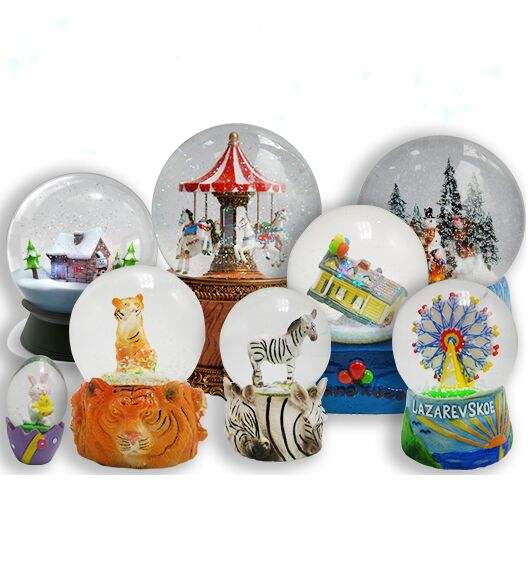 Custom snow globe, water globe, photo snow globe at any size