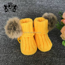 Fashion fur ball hand crochet knitting crochet baby booties