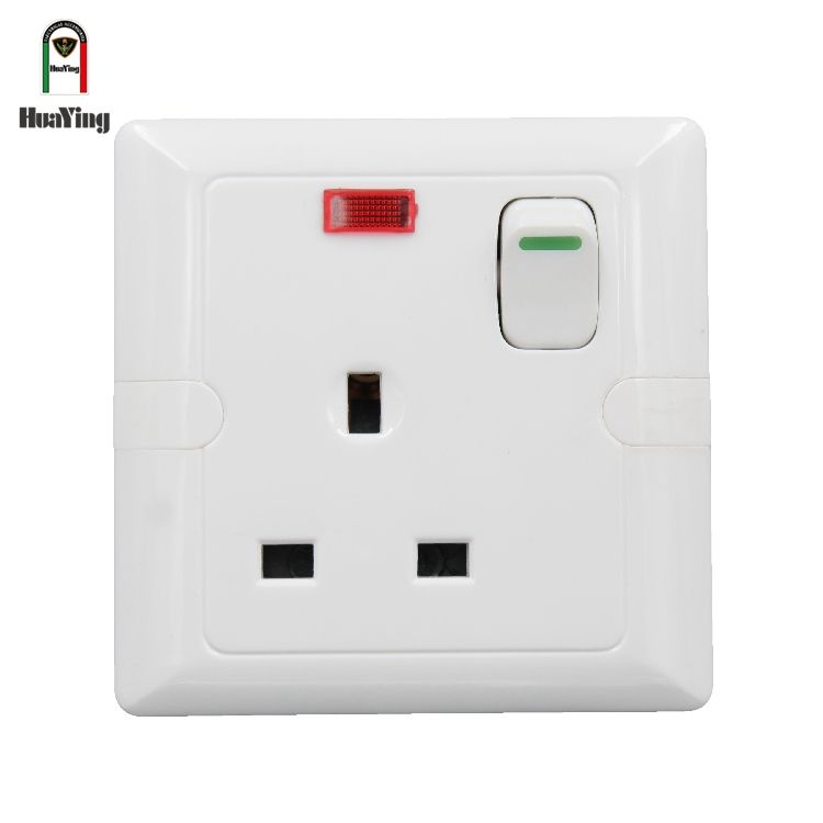 UK Jenis 1 Gang 3 Pin Tiang Listrik 13A Dinding Switched Socket