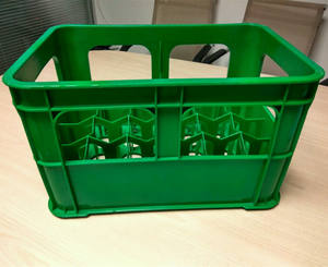 High quality turnover beer crate /plastic divide crate for bottle with handle/milk divider bottle crate